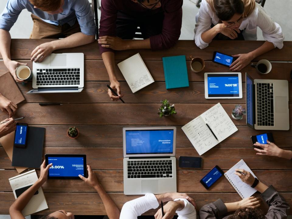 3 Behaviours & 9 Tips to Increase Team Efficiency